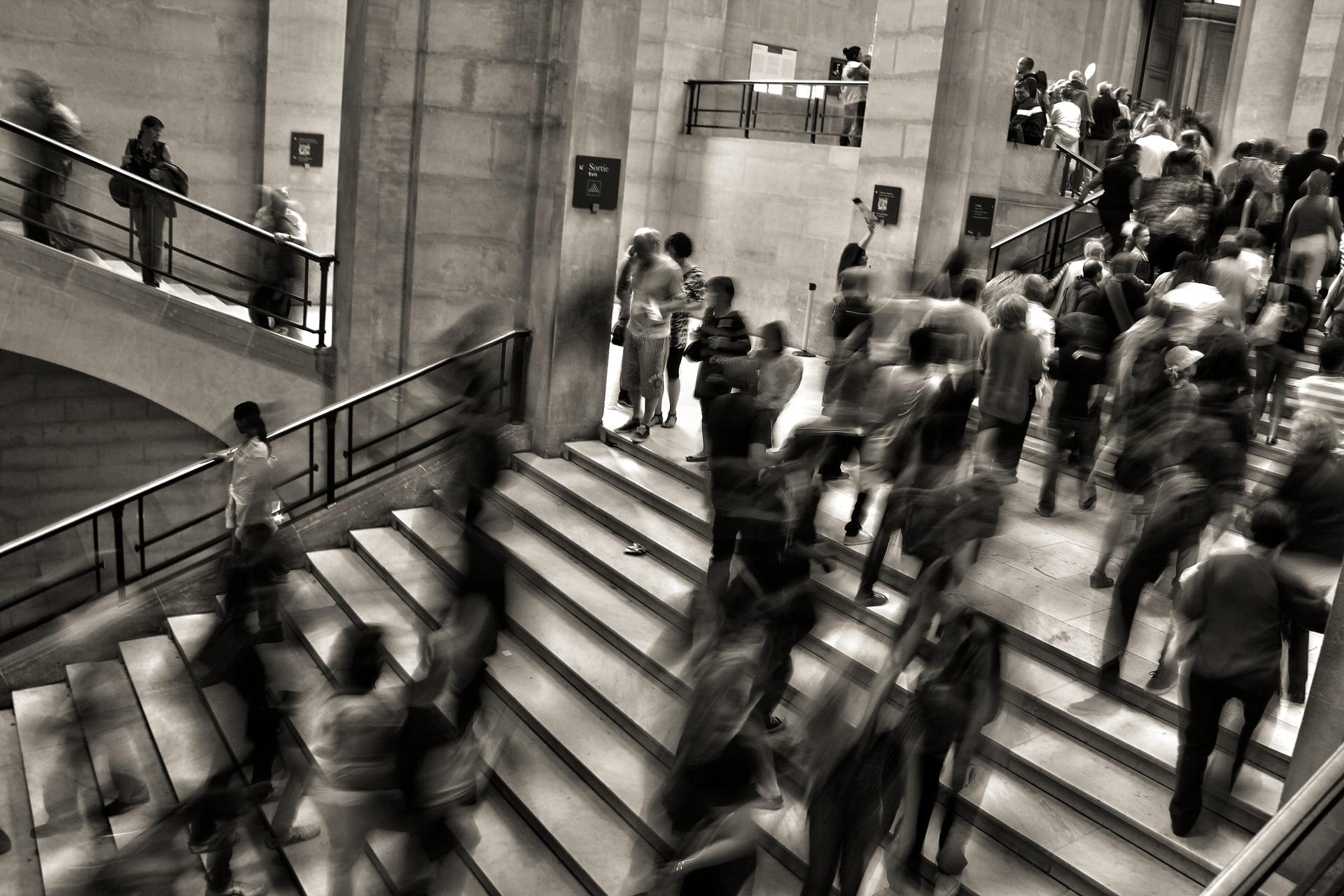 Ususret mogućim Izmjenama Zakona o radu – Treba li braniti ili tražiti prava?