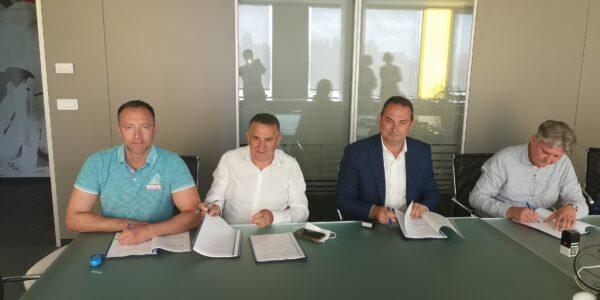 Potpisan Kolektivni ugovor u Tisku plus